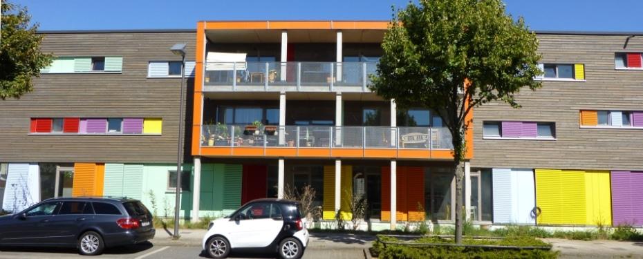 netzwerk frankfurt f r gemeinschaftliches wohnen e v wohnen mit kindern. Black Bedroom Furniture Sets. Home Design Ideas